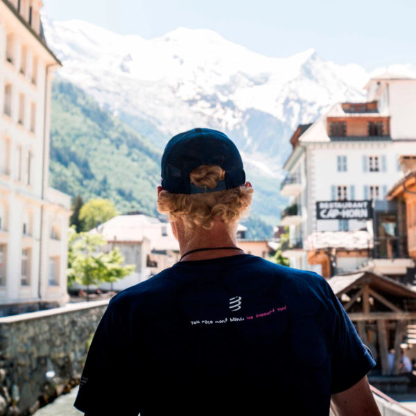 Футболка Compressport Training Tshirt SS Badges - Mont Blanc 2020