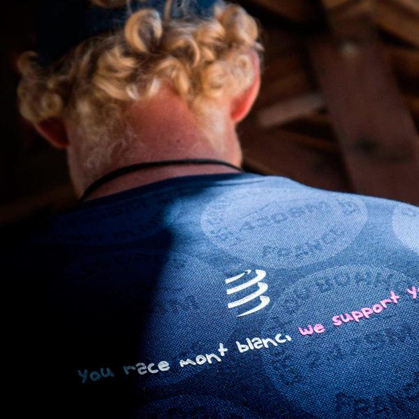 Футболка Compressport Training Tshirt SS Badges - Mont Blanc 2020