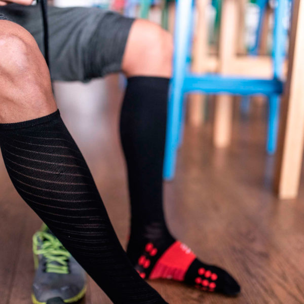 Гольфы компрессионные Compressport Full Socks Recovery, SS 2021